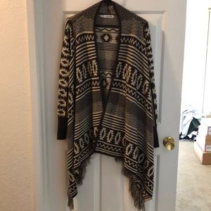 GUC brown and cream open front cardigan geo print